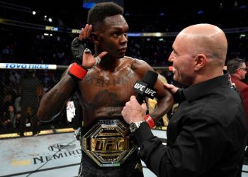 Israel Adesanya explains why he wasn't bothered by the crowd booing by closed guard media (CGM) (closedguardmedia.com)