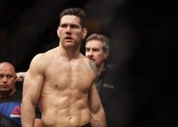 Chris Weidman suggests that he is too small to fight at light-heavyweight by closed guard media (CGM) (closedguardmedia.com)